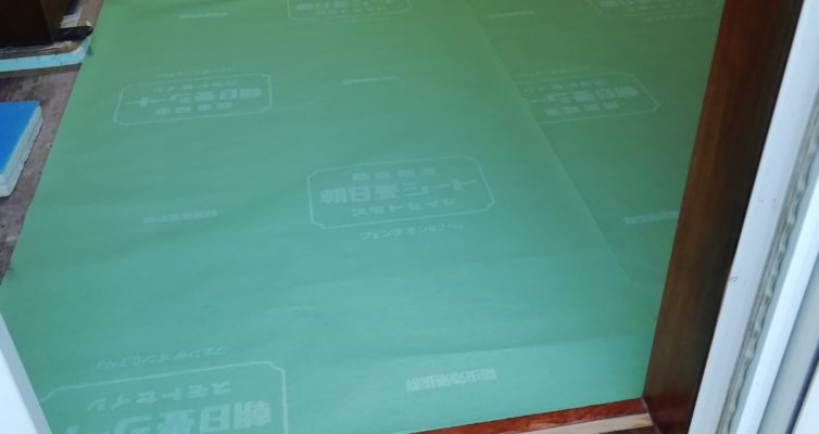防虫防湿シート